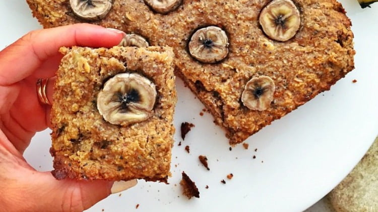 Healthy Banana Cake (vegan, low GI)