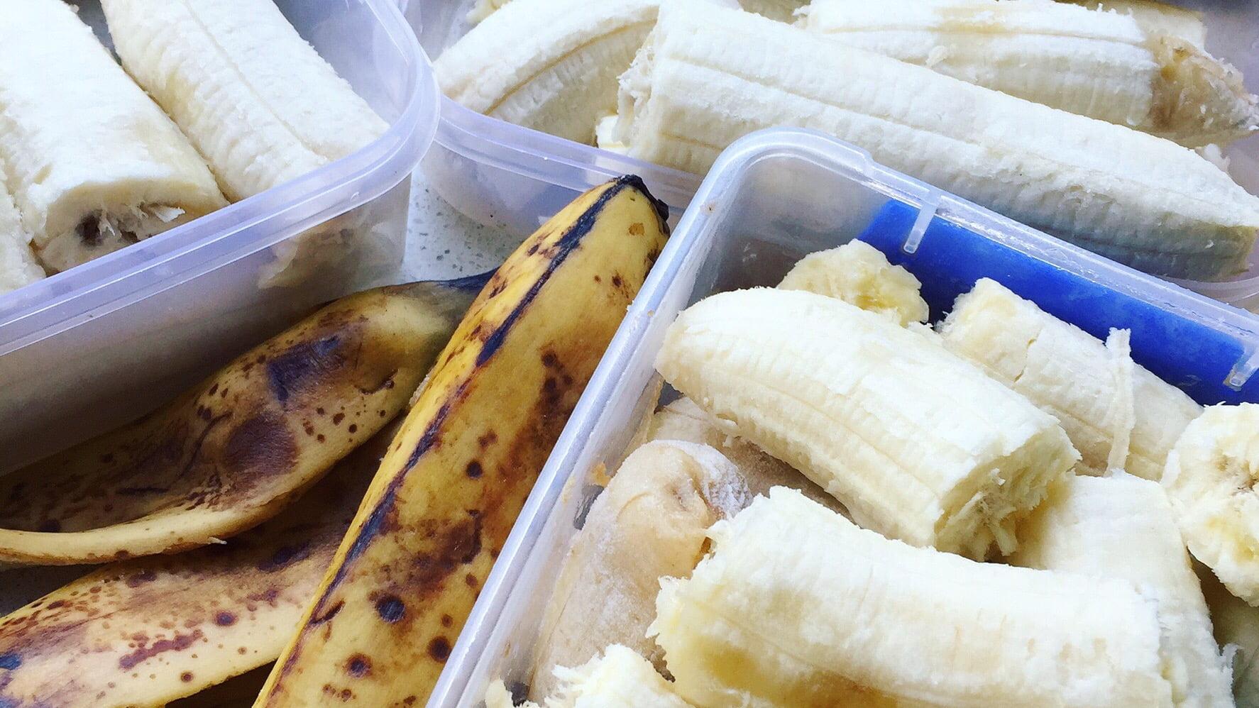 "Easy Banana ""Nice-cream"""