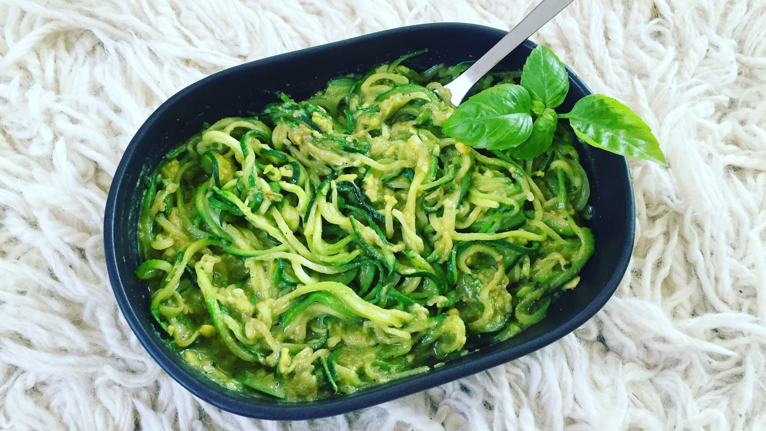Creamy Avocado Zoodles